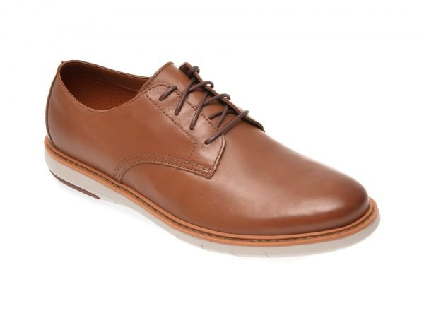 Pantofi CLARKS maro