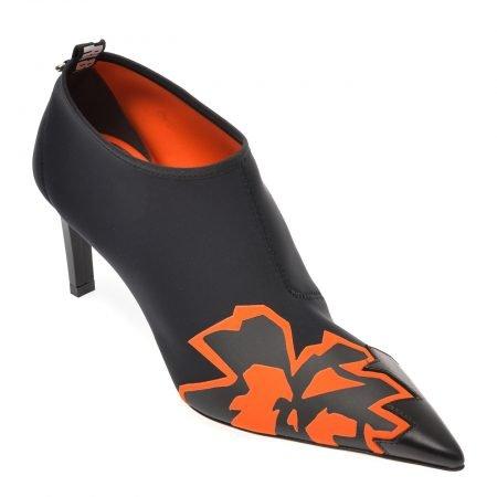 Pantofi LORIBLU negri
