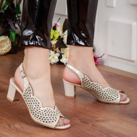 Sandale Piele Seluka bej cu toc imagine